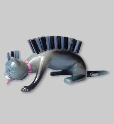 nailbrush-caty